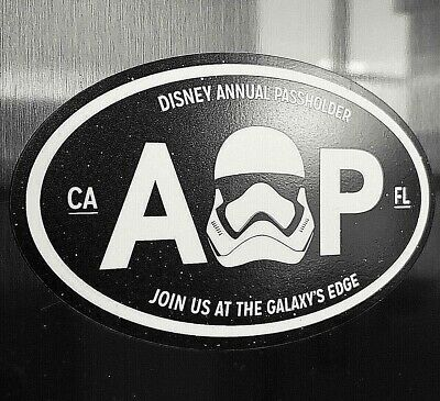 "Disney Annual Passholder Magnet Star Wars Galaxy's Edge Black Oval 5"" x 3"""