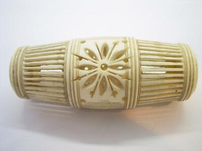 Antique 18Th Or 19Th Century Well Carved Cow Bone Chinese Cricket Cage