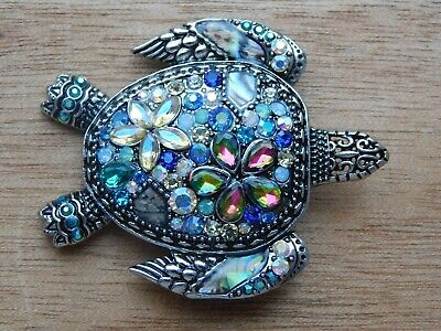 Sea Turtle MOTHER OF PEARL Key chain  RM2616