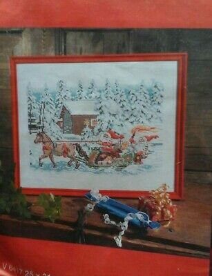 Cewec  Cross stitch kit Christmas Gnomes V6417 NIP
