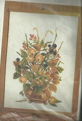 Permin- Vintage  X-kit Vase with Flowers 70-9377