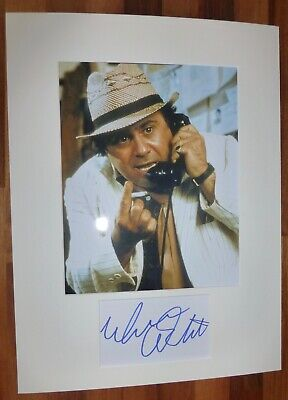 DANNY DEVITO-A Hand Signed Card is Presented With A Photo-Mounted & Matted,COA