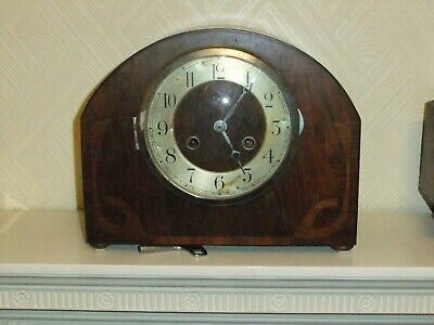 Vintage 1930's  Chiming pendulum mantle clock with key