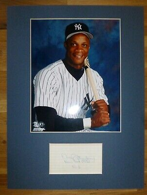 DARRYL STRAWBERRY-Hand Signed Card is Presented With A Photo-Mounted,Matted,COA