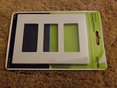 Leviton Outlet Wall Plate White 4.5 in. x 6.38 in. 3-Gang Screwless / Plastic