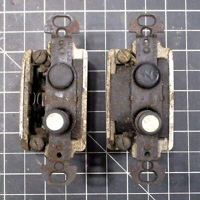 LOT #495: (2) Vintage H&H 4176 Pushbutton Light Switches