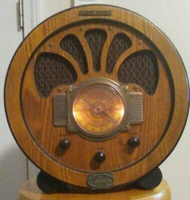 THOMAS MUSEUM SERIES # 7708 am / fm radio cassett player