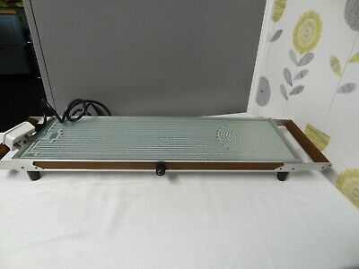 Vintage Salton Hotray with Wooden Handles and Glass Plate 69 x20 cm.