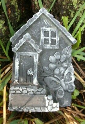 "Free standing fairy door mold with base 6"" x 4"" x 1/2"" thick and 1.25"" at base"