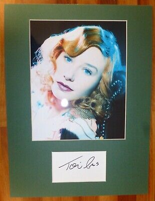 TORI AMOS-A Hand Signed Card is Presented With A Photo-Mounted & Matted,COA