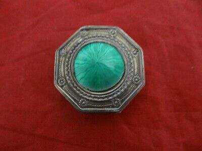 Very Fine Antique Russian 84 Silver Guilloche Green Enamel Engraved Pill Box