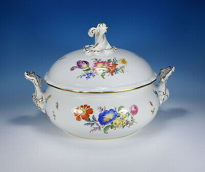 "Meissen "" Flower Bouquet & Insects "" Lid Bowl 1.Wahl"