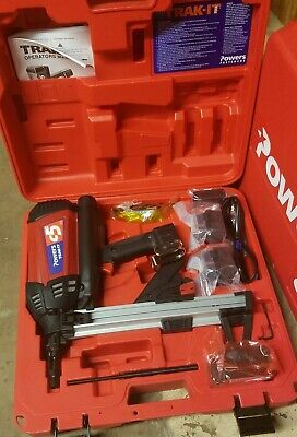 POWERS FASTENERS C5 TRAKIT Gas Tool Kit.  2 Batteries, Charger &Case BRAND NEW