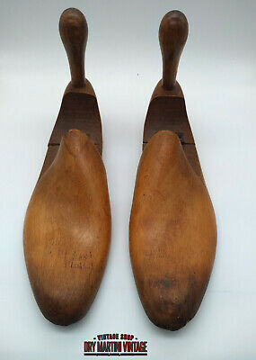 Antique Pair Wooden Hinged Shoe Lasts Trees Size 7 Cobbler Shop Display Prop