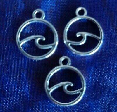 10 Antique silver round ocean Wave beach charms pendants 12x15mm FREE POST