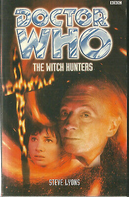 Paperback Book - DOCTOR WHO - THE WITCH HUNTERS - Steve Lyons - BBC 1998