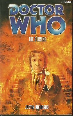 Paperback Book - DOCTOR WHO - THE BURNING - Justin Richards - BBC - 2000