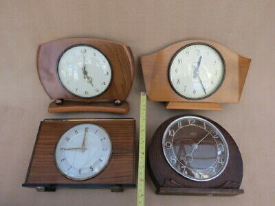 X 4 Vintage Battery And Manual Wind Clocks For Spares Or Repair