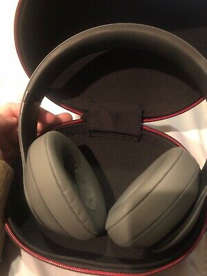 Beats by Dr. Dre Studio3 Wireless Over Ear Headphones - Gray SEE PICTURES