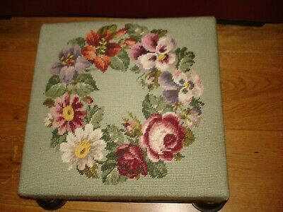 VINTAGE TAPESTRY Garland Floral Green NEEDLEPOINT Foot Stool
