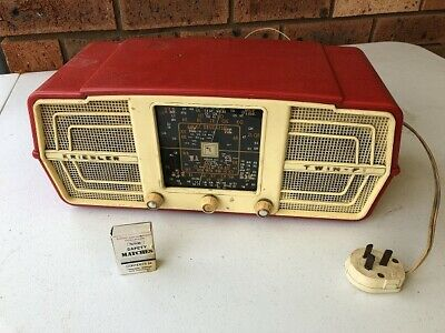 Vintage Kriesler Twin-F Radio AM