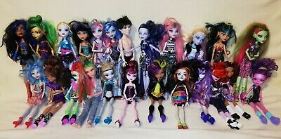 Monster High Bulk Moderate Sized Bundle Of Great Characters. INSTANT COLLECTION!