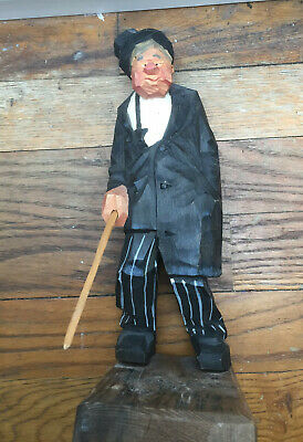 "8,2"" S.G. wood carving 1954, Sweden, woodcared figure, handcarved"