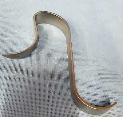 """Innomed Taper """"S"""" Knee Retractor, 3720-01, Excellent Condition, 6 available!"""