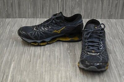 mizuno wave prophecy size 9