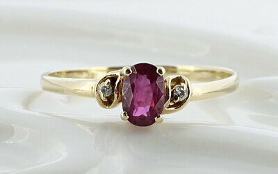 Ladies 10K Solid Yellow Gold Ruby & Diamond Ring