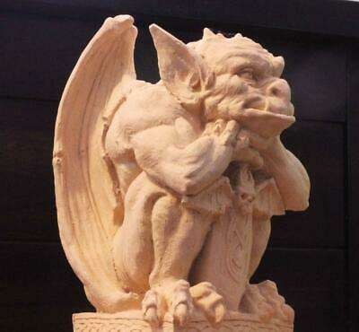 CLASSIC MEDIEVAL GARGOYLE #1 Protector Against Demons stone statue