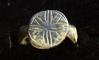 5129_2. Medieval ring. bronze. the story of the Star of Bethlehem