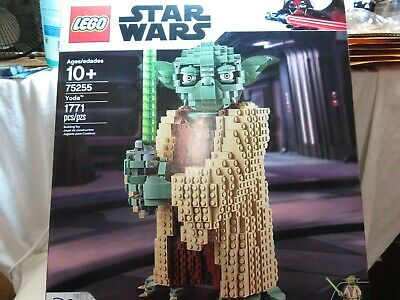 LEGO Star Wars Yoda 75255 Collectible Building Model (1771 Pieces) BRAND NEW