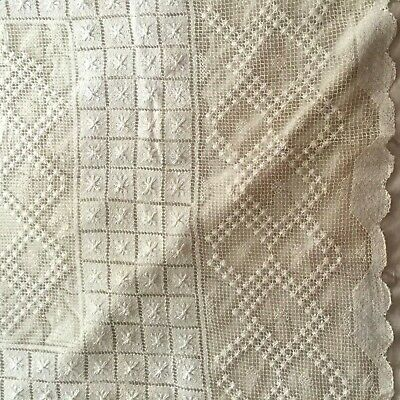 """Antique Vintage Lace TABLECLOTH White Woven Netted Hand Knotted 60"""" X 64"""""""