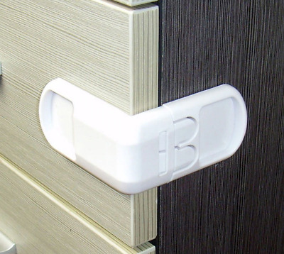 Drawer Lock Children's Safety Door Buckle Anti Pinch Hand Protects Cabinet Locks