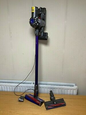 Sv03 Dyson V6 Fluffy  Vacuum cleaner Fully loaded