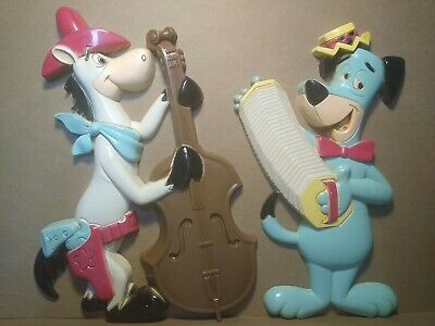 Vintage Hanna Barbera Homco Huckleberry Hound & Quick Draw McGraw Wall Plaques