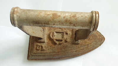Collectable Cast Iron Vintage  Silvesters Flat Iron - Fab Doorstop