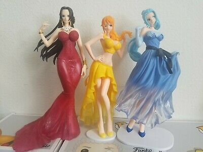 One Piece Anime Wedding Dress Colored Figures lot