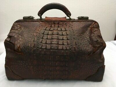 Alligator Horn Back & Brass Doctor Bag Antique