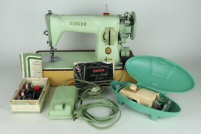 Singer 15-125 Mint Green Sewing Machine + Manual, Buttonholer, Zigzagger - Works