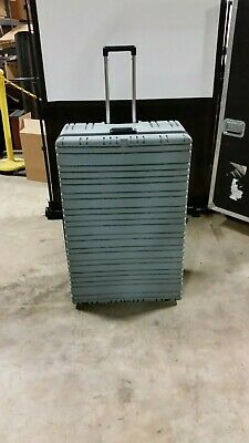 "Parker Plastics Shipping Case Rugged Hard Plastic Hinged Lid Wheels  38""x25""15"""