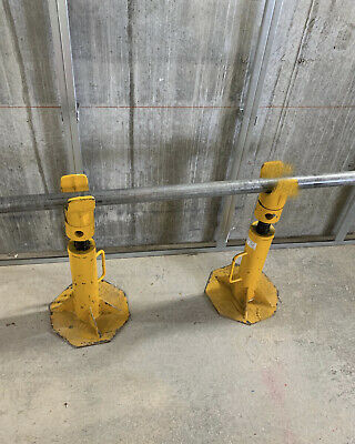 Cable Drum Jacks (3 Tonne) With 1500mm Spindle Used