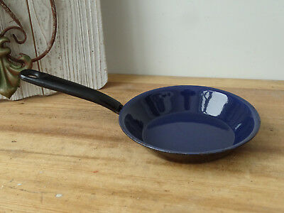 T5837 Email Pan - Frying Pan - Enamel - Black - Cast Iron - Enameled