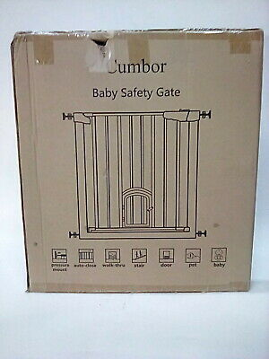 """Cumbor 40.6""""Auto Close Safety Baby Gate with Arch Cat Door, Extra Wide"""