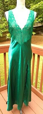 Vtg Victoria's Secret Medium Sexy  High Slit Satin Long Gown Lace Emerald Green