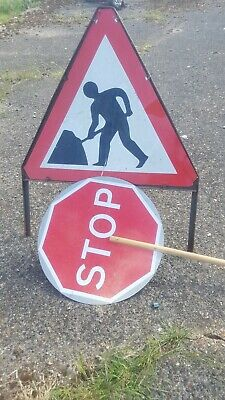 Traffic Control Signs, Men at Work Triangle & Stop / Go Lolipop **CAMBRIDGE**