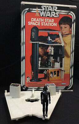 Death Star Space Station - Box And Parts