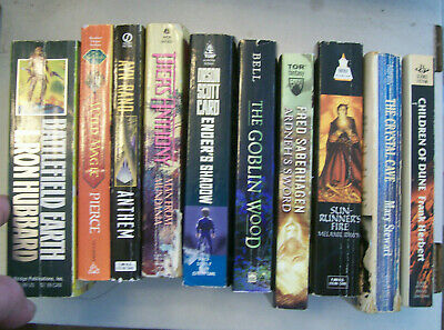 Lot of 39 Science Fiction/Fantasy paperbacks & hardcovers (list in description)