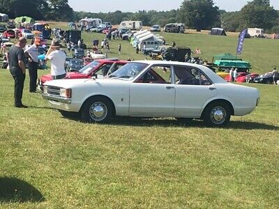 ford consul granada mk1 2.0 v4 base model classic car